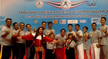 M. Yusfiansyah anggota satpol pp yang mendampingi atlit karate Amura di Kejuaraan Thailand Open 2016