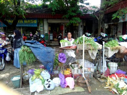 Situasi PKL subuh di Pasar Bauntung